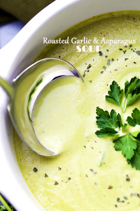 roasted-garlic-and-asparagus-soup